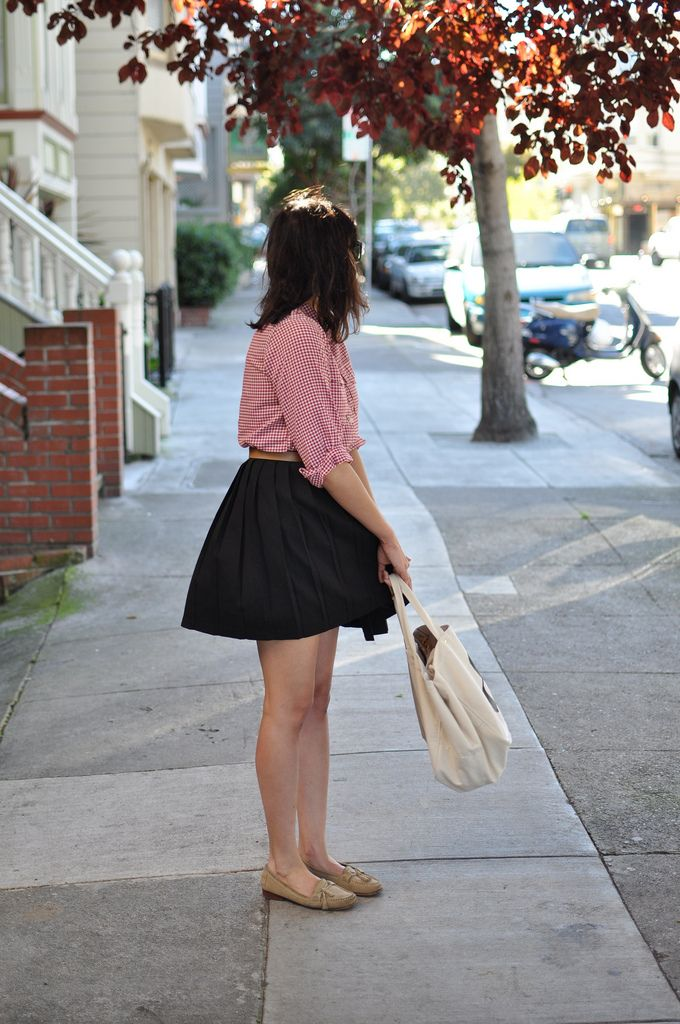 gingham, skirt, and a great tote