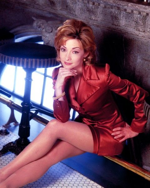 sharon lawrence measurements