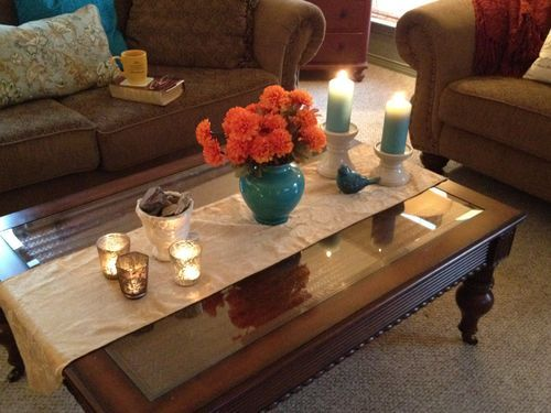 How To Arrange Clutter So It Looks Good Coffee Table Runner