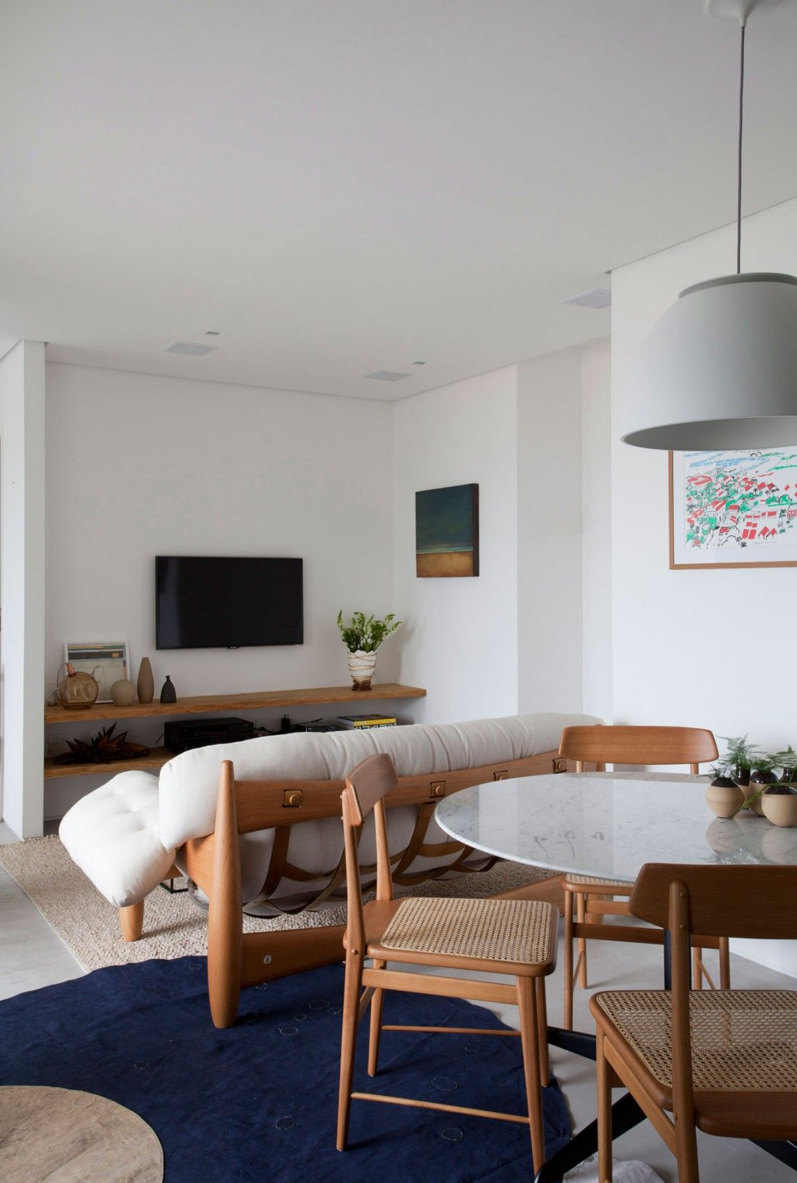 A 700-Square-Foot Apartment For A Young Couple (7) | C △ S ...