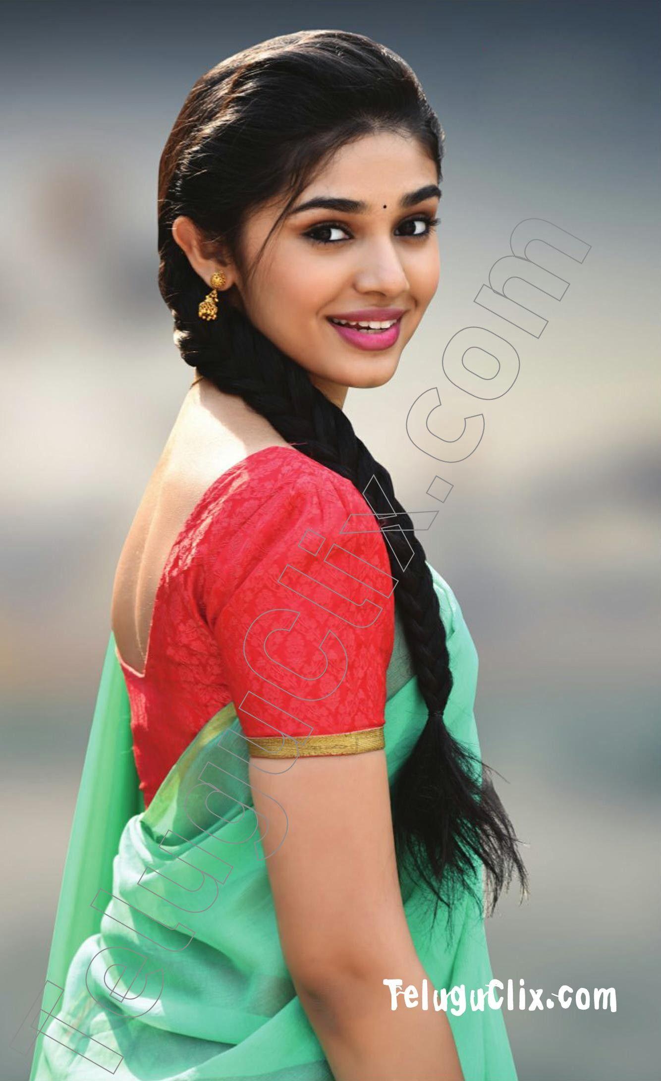 Pin On Actress In Saree