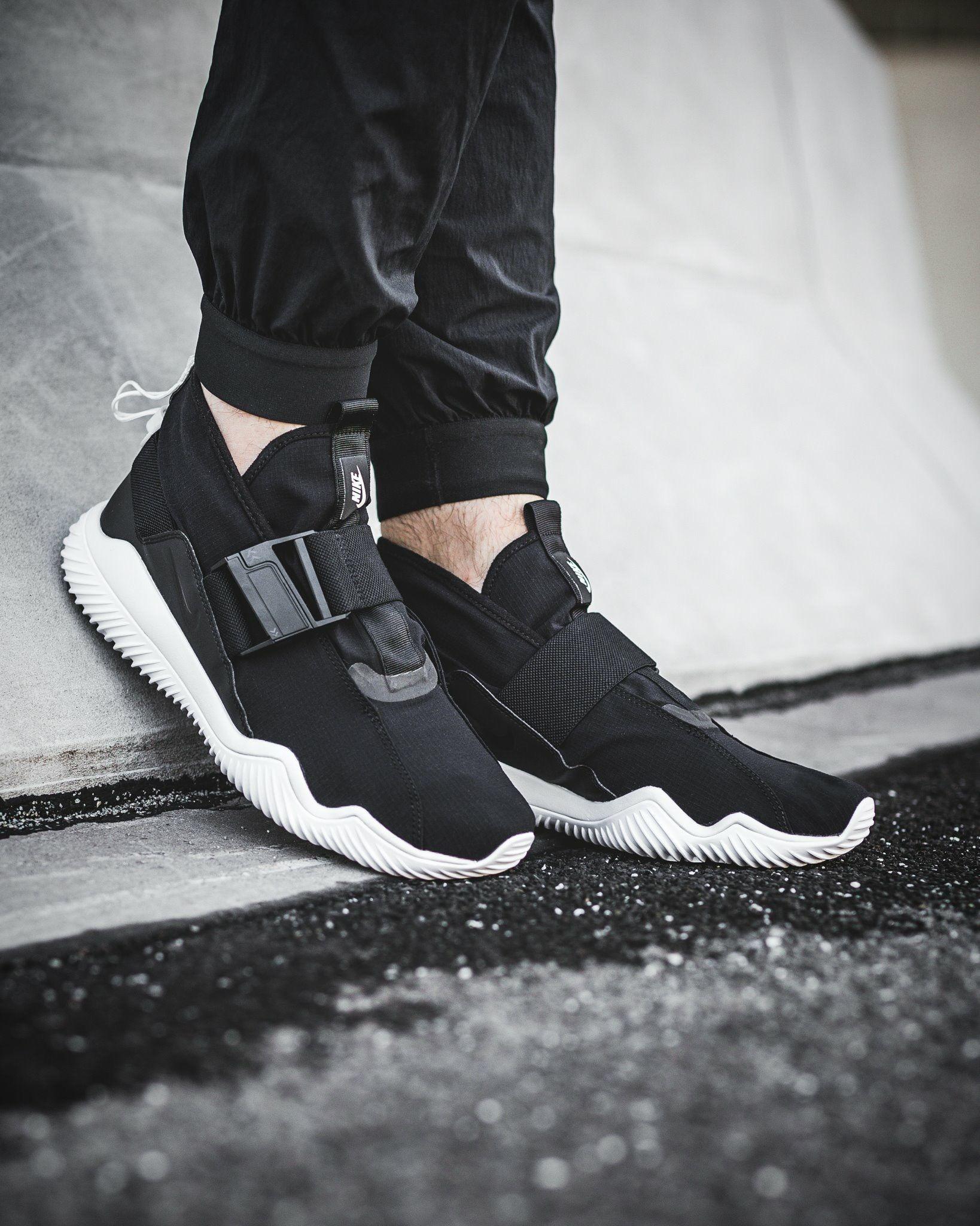 competitive price 866e6 7d72d Nike Komyuter   KICKS   Sneakers, Sneaker boots, Nike shoes