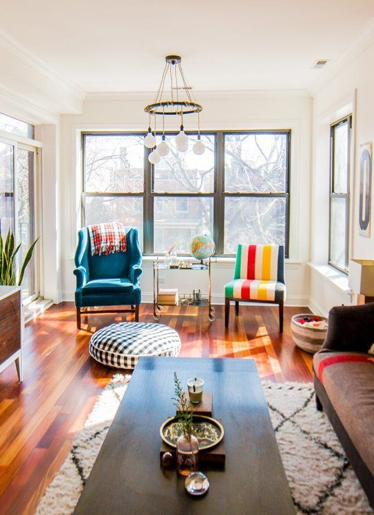 A Classic Mix Of Vintage New In A Chicago Condo Home Living Room Home Home And Living