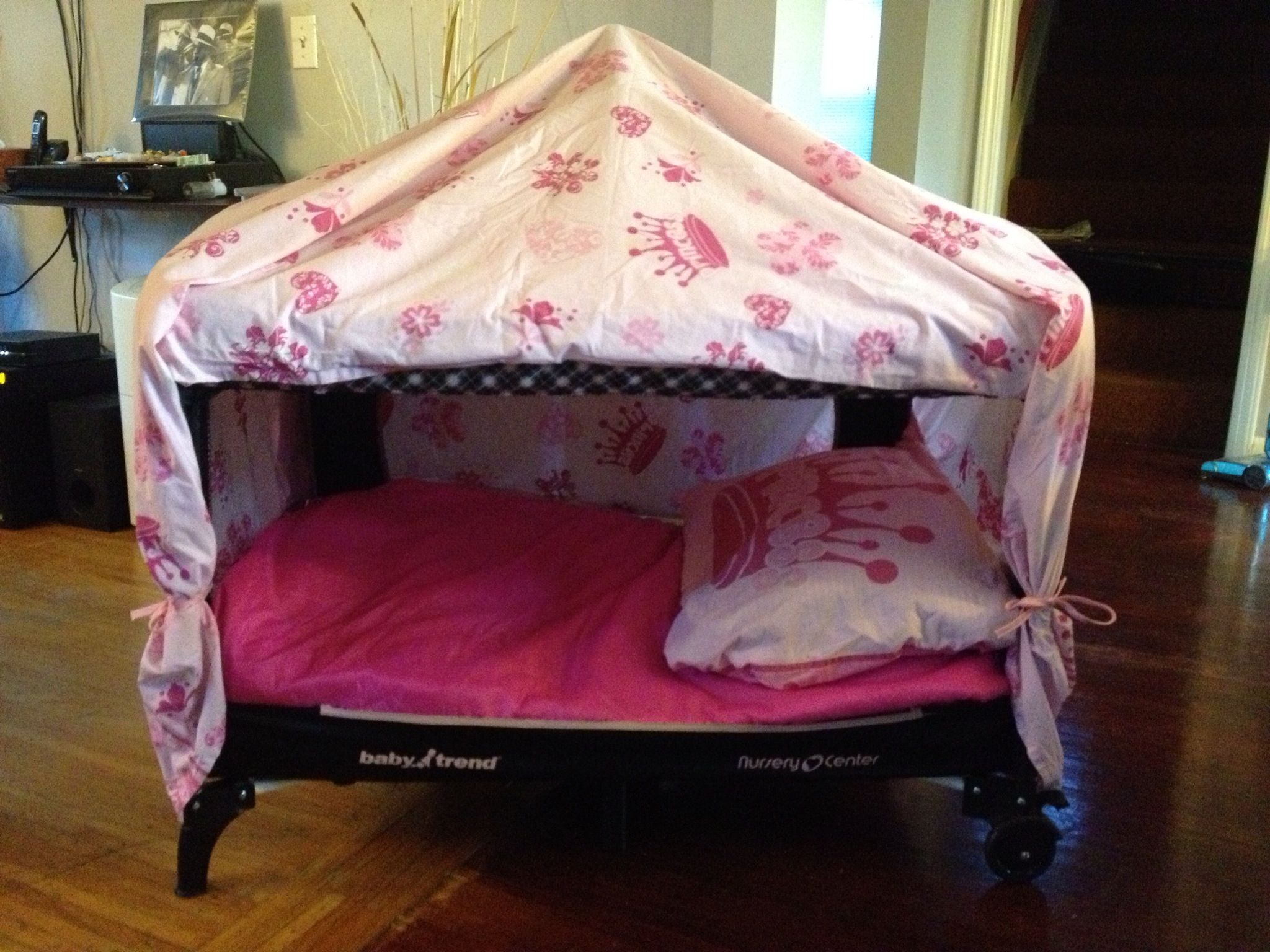 Playpen tent diy pinterest playpen and babies for Diy baby crib canopy
