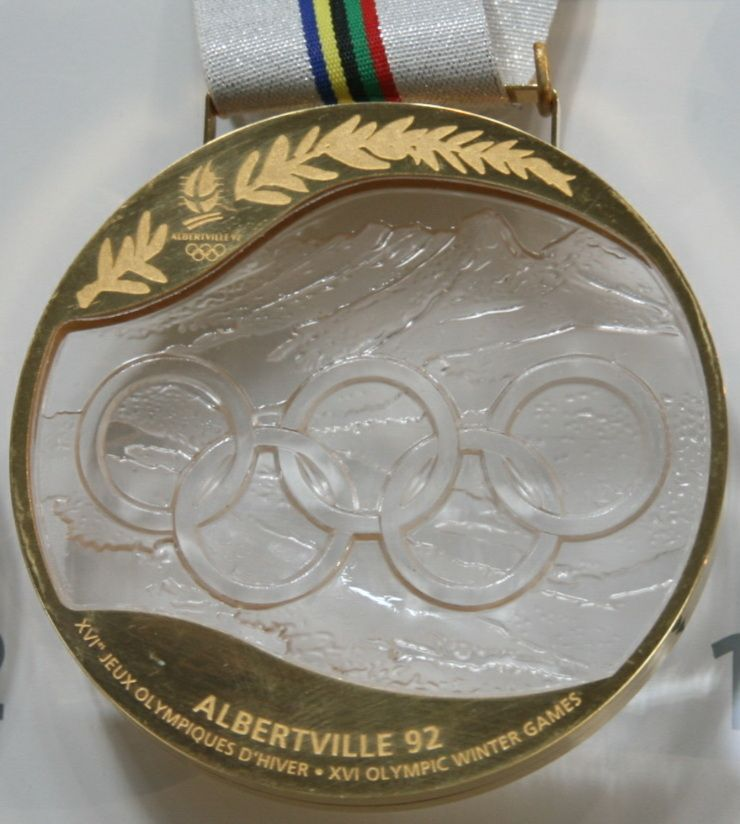 A Grenoble Winter Olympic Games Gold Winners Prize Medal - Olympic medal count 1992