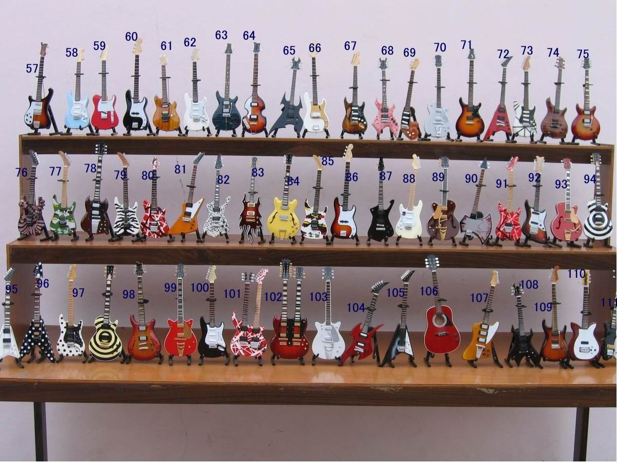 Handcrafted 1//4 Music Instrument Model Miniature Home Display Decor Kids Gift