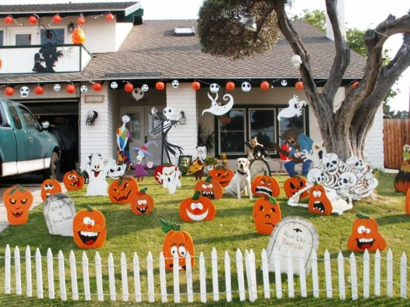 fun and scary diy outdoor halloween decor halloween decoration ideas for frontyard