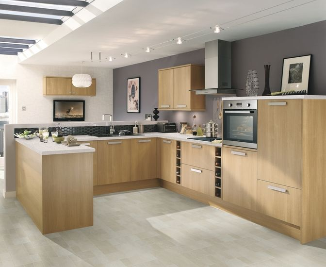 This Light Oak Kitchen Creates A Modern Look Whilst Still Giving