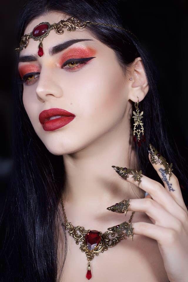 Model/Photographer/Makeup/Styling/Editor:Mahafsoun Lipstick