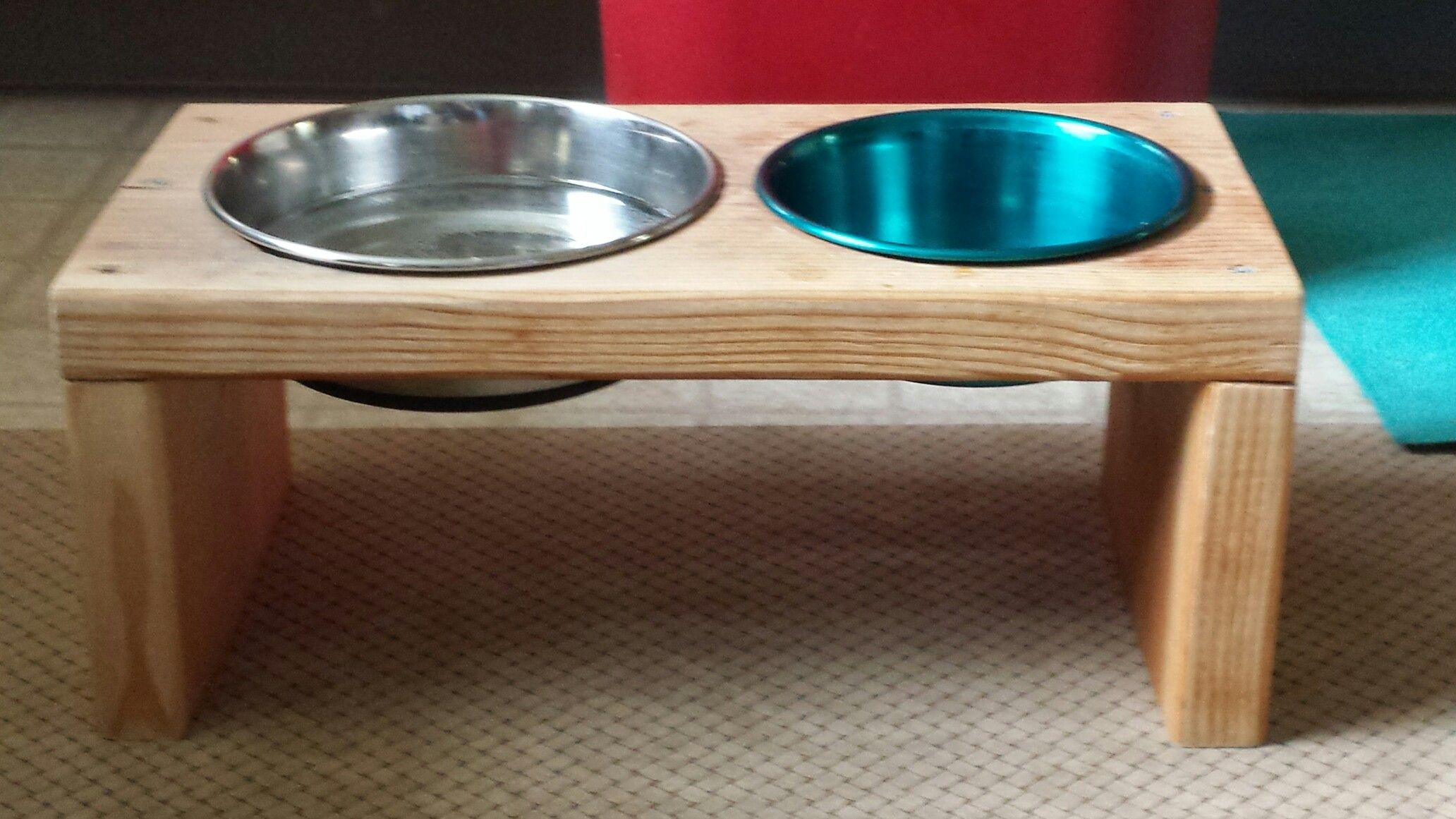 Raised Dog Dish Stand Bob Made For Millie