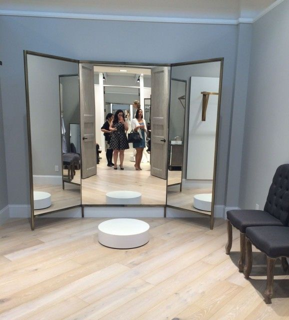 Full Length 3 Part Mirror With Pedestal For Dressing Room Nicer Bridal Dressing Room Bride Dressing Room Dressing Room Design