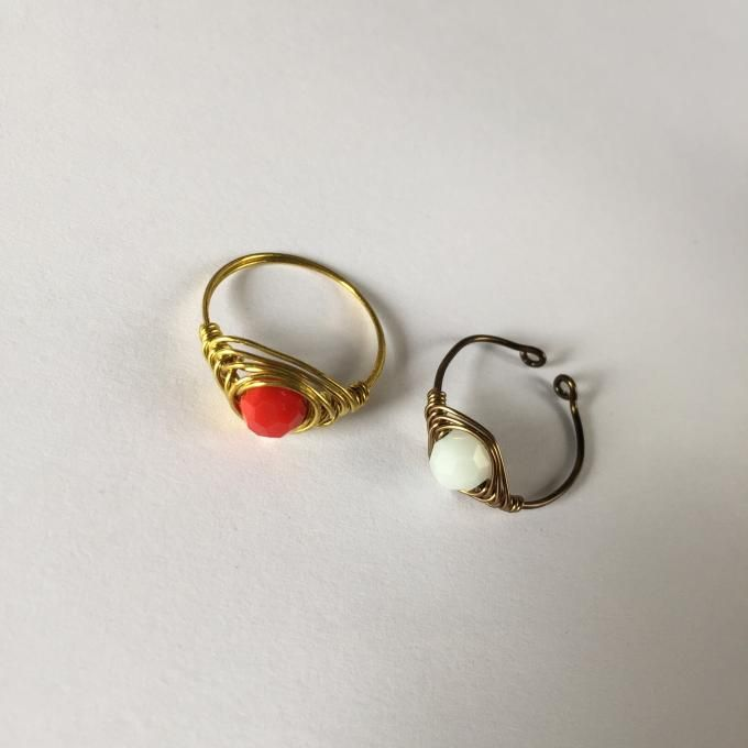 wire wrapped glass bead rings | DIY Rings | Pinterest | Wire ...