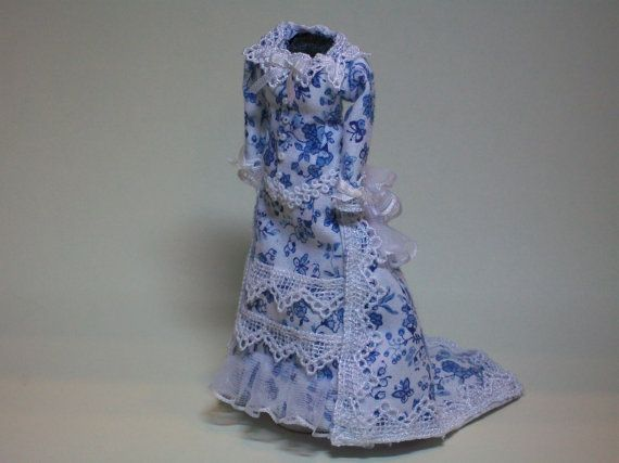 scale Victorian afternoon dress