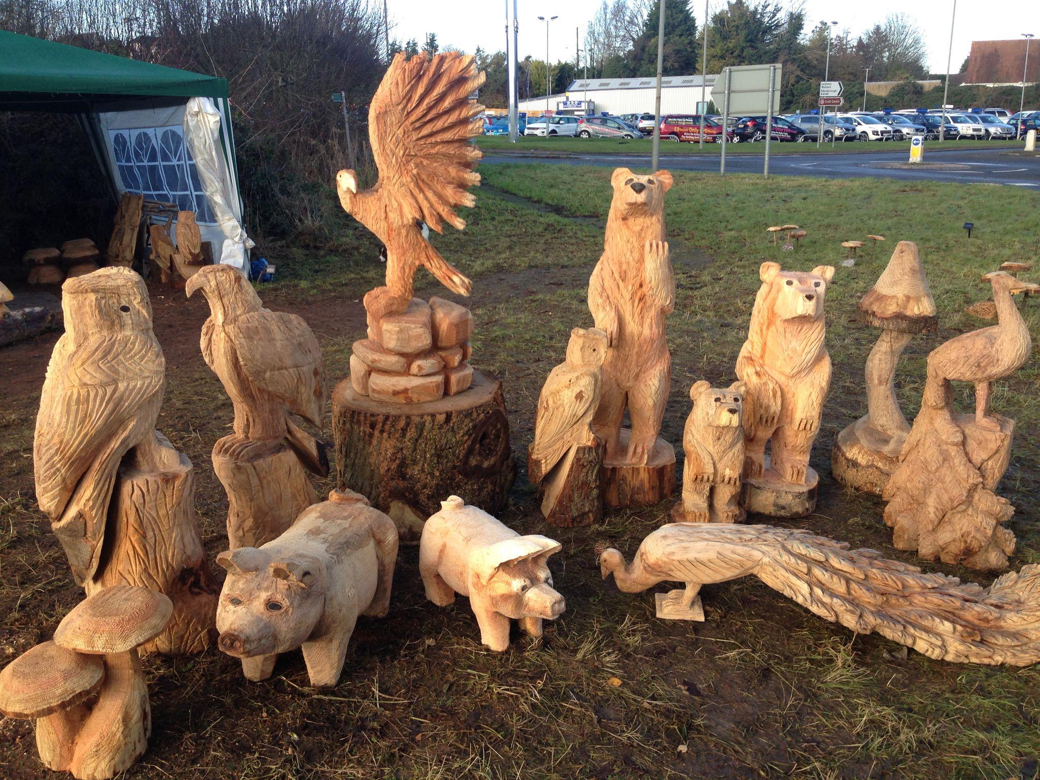 Little display figuras de madera pinterest display chainsaw