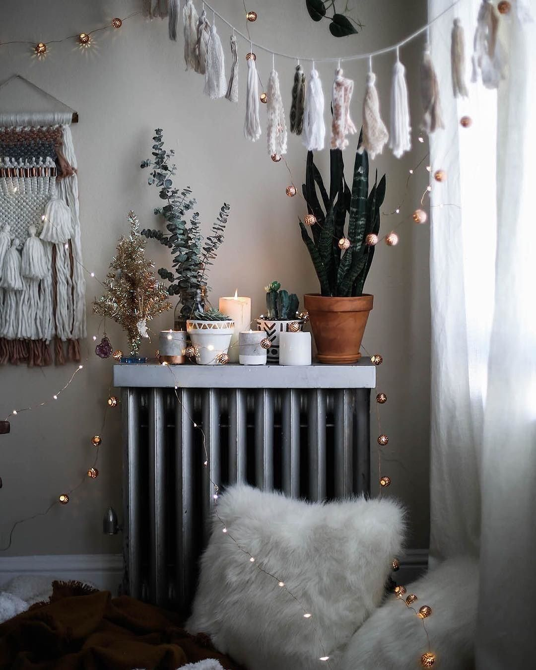 Pink Mercury Fairy Lights Urban outfitters home, Hippy