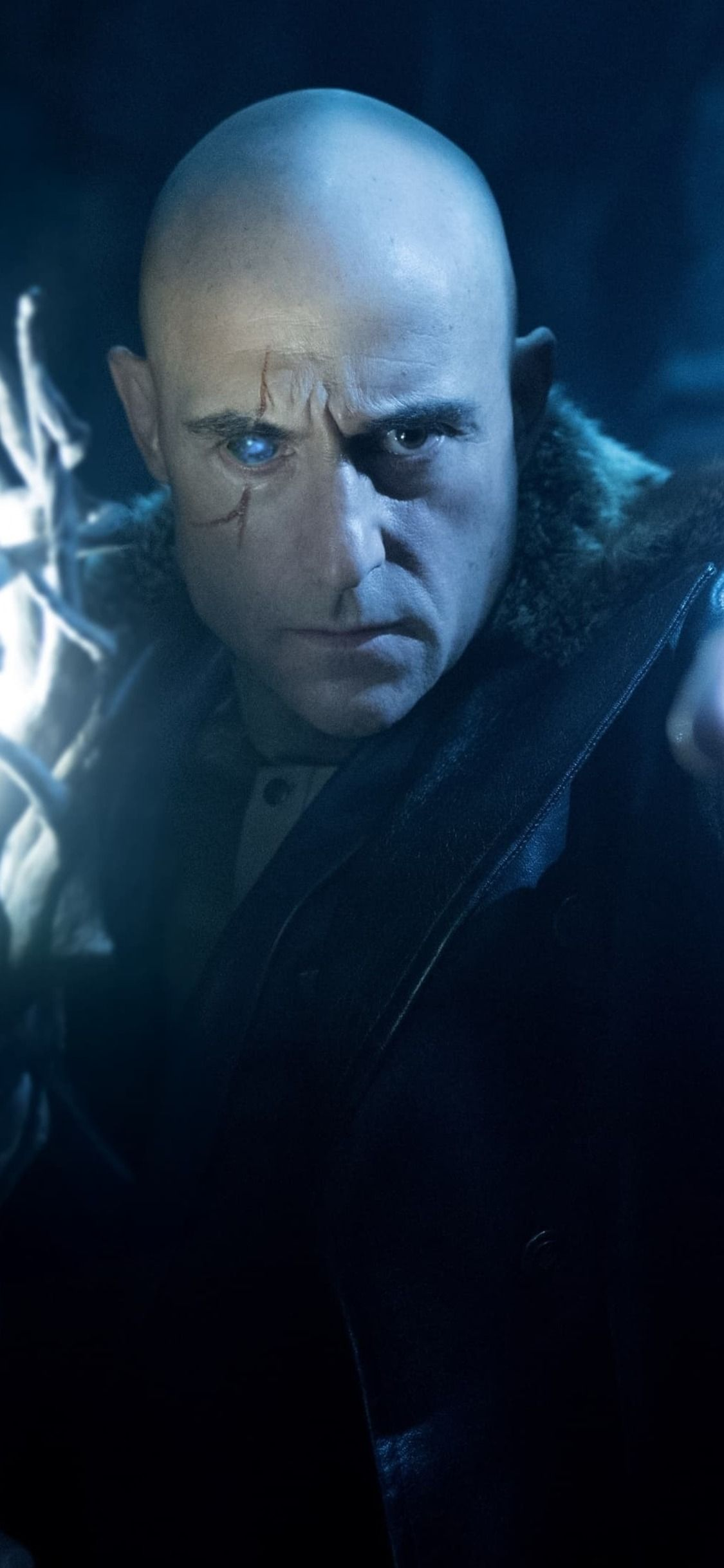 1125x2436 Mark Strong As Doctor Sivana In Shazam Iphone Xs