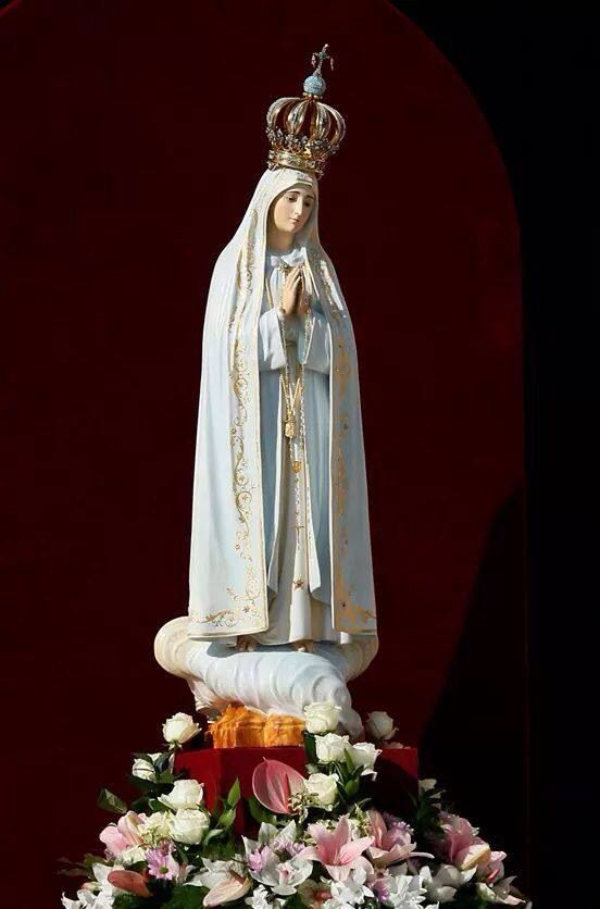Fatima Blessed Mother Mary Lady Of Fatima Mary And Jesus