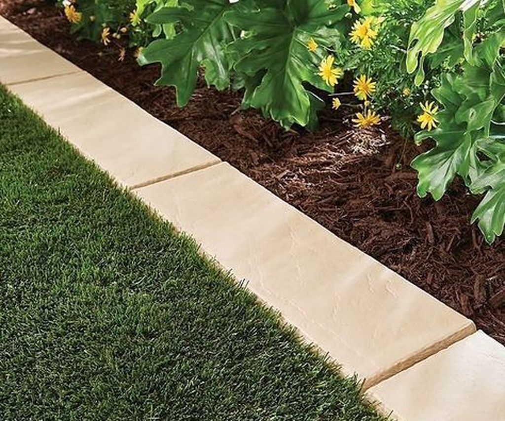 Awesome 50 Inexpensive Landscaping Ideas For Your Garden More At Https Homyfeed Com 2018 1 Lawn Borders Landscaping With Rocks Front Yard Landscaping Design