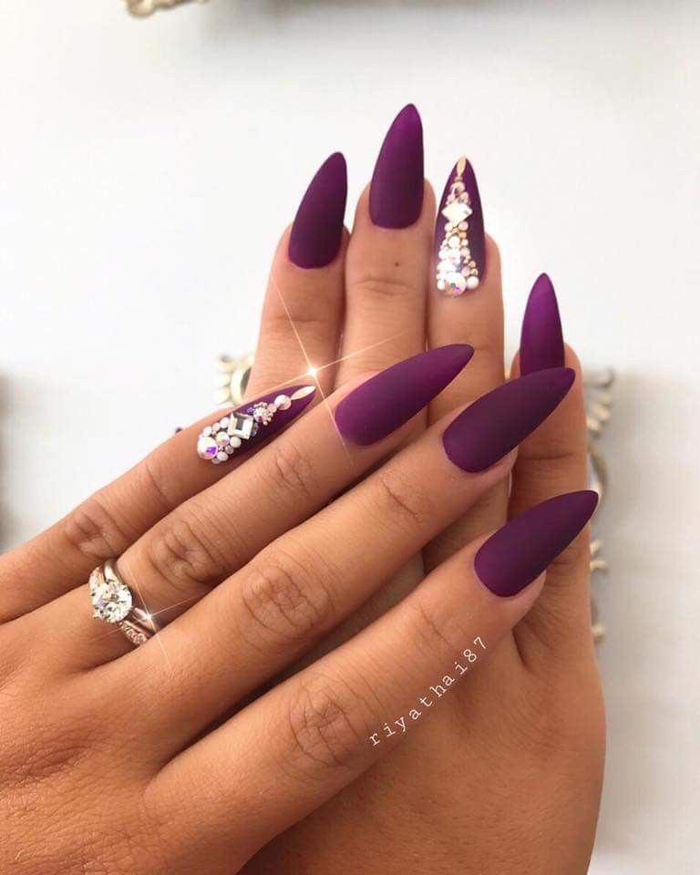 Pin de Sophie Borsodi en Nails   Pinterest   Diseños de uñas