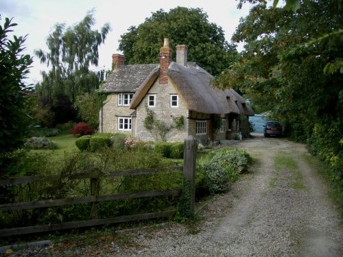 United Kingdom Pictures Of Towns Villages Countryside Amazing Skyscrapercity Romantic Cottage English Cottage Thatched Cottage