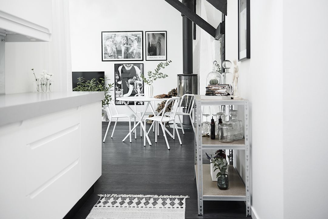 Stoere zolderverdieping met vliering thuis en met