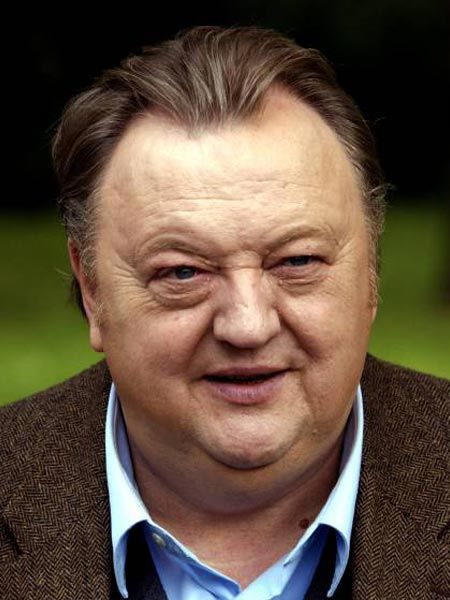 Dieter Pfaff So Starb Er Wirklich Wunderweib Deutsche Schauspieler Schauspieler Beruhmte Gesichter