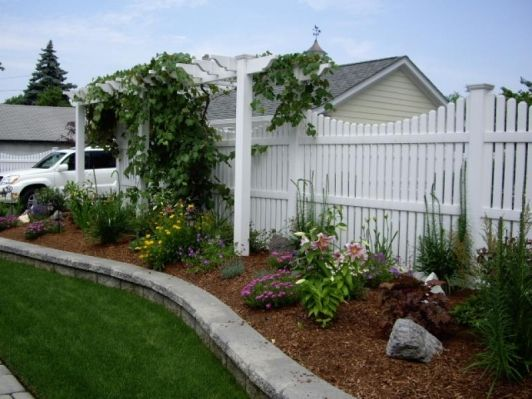 Vinyl fence and arbor home and garden design idea 39 s for Better homes and gardens fence ideas