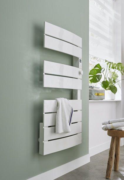 Doté du0027une puissance de 600 W, ce sèche-serviettes électrique vous - puissance seche serviette salle de bain