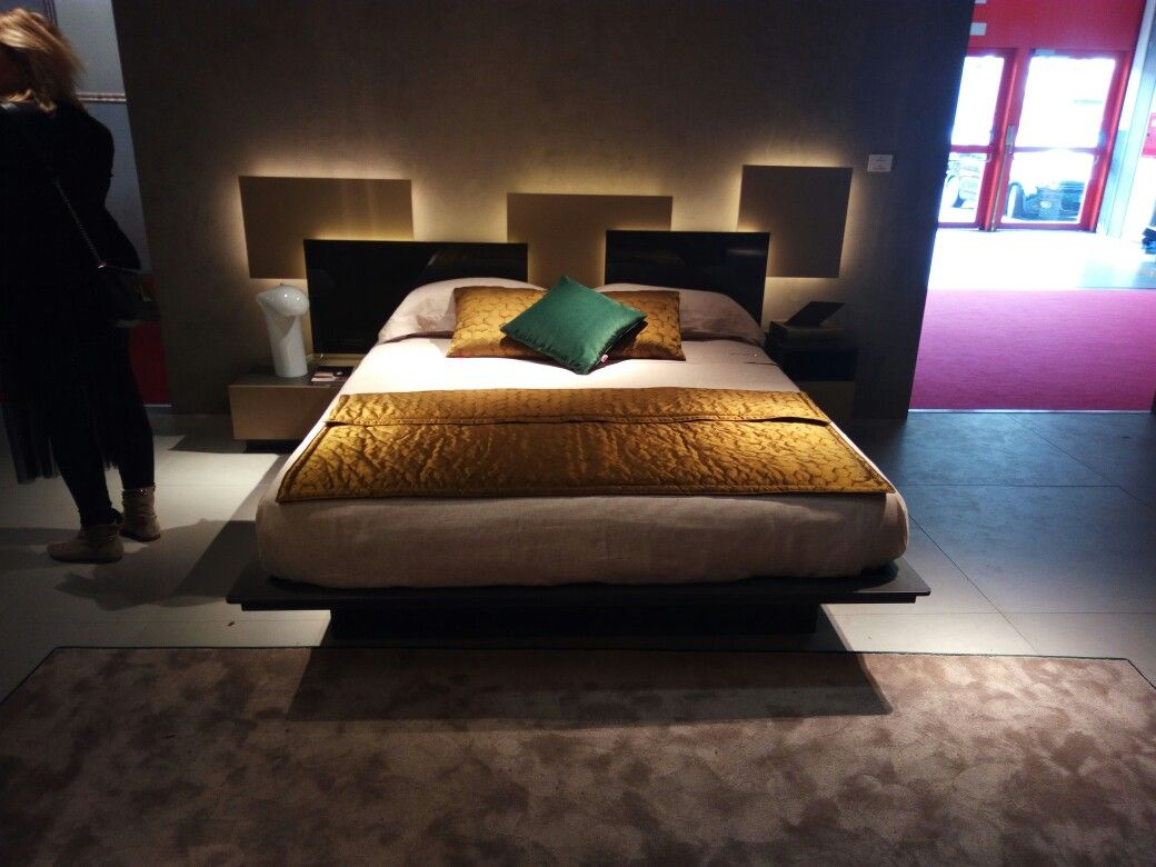 Infinity Bed New Finishes Salone Del Mobile Milano 2017 Stand