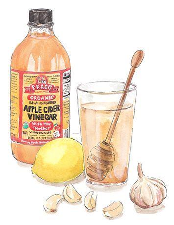 Apple Cider Vinegar, Honey, Garlic and Lemon Drink Apple