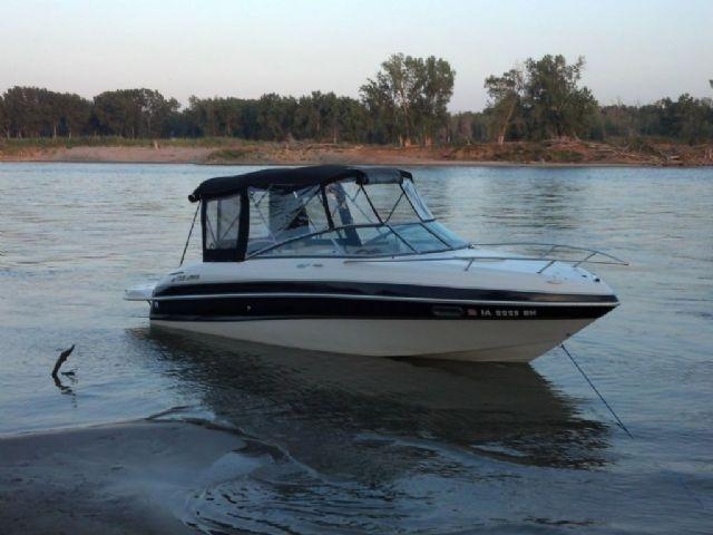 2004 Four Winns 225 Sundowner For Sale Sioux City Ia 51106 Cuddy Cabin Boat For Sale By Owner 12945 Cabin Boats For Sale Boats For Sale Boat
