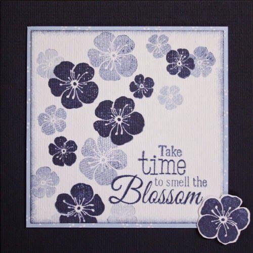 Photo of 3 gestempelte Karten mit blauer Blüte