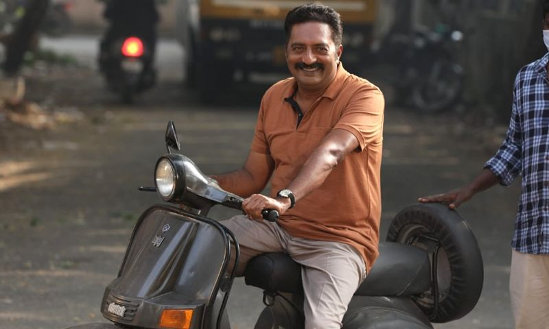 "Prakash Raj joins the sets of Aadhi's ""CLAP"""