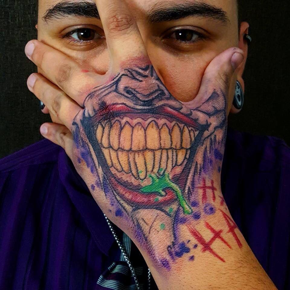 3f23a6773f588 #Joker #handtattoo by Eddie Vazquez @eddievtattoos Skull Hand Tattoo, Hand  Tats,