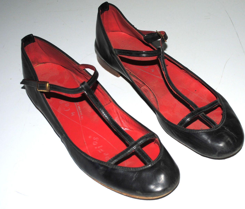 e6c96e1fe804b Capezio Leather flats. I had a similar pair in high school. Loved ...