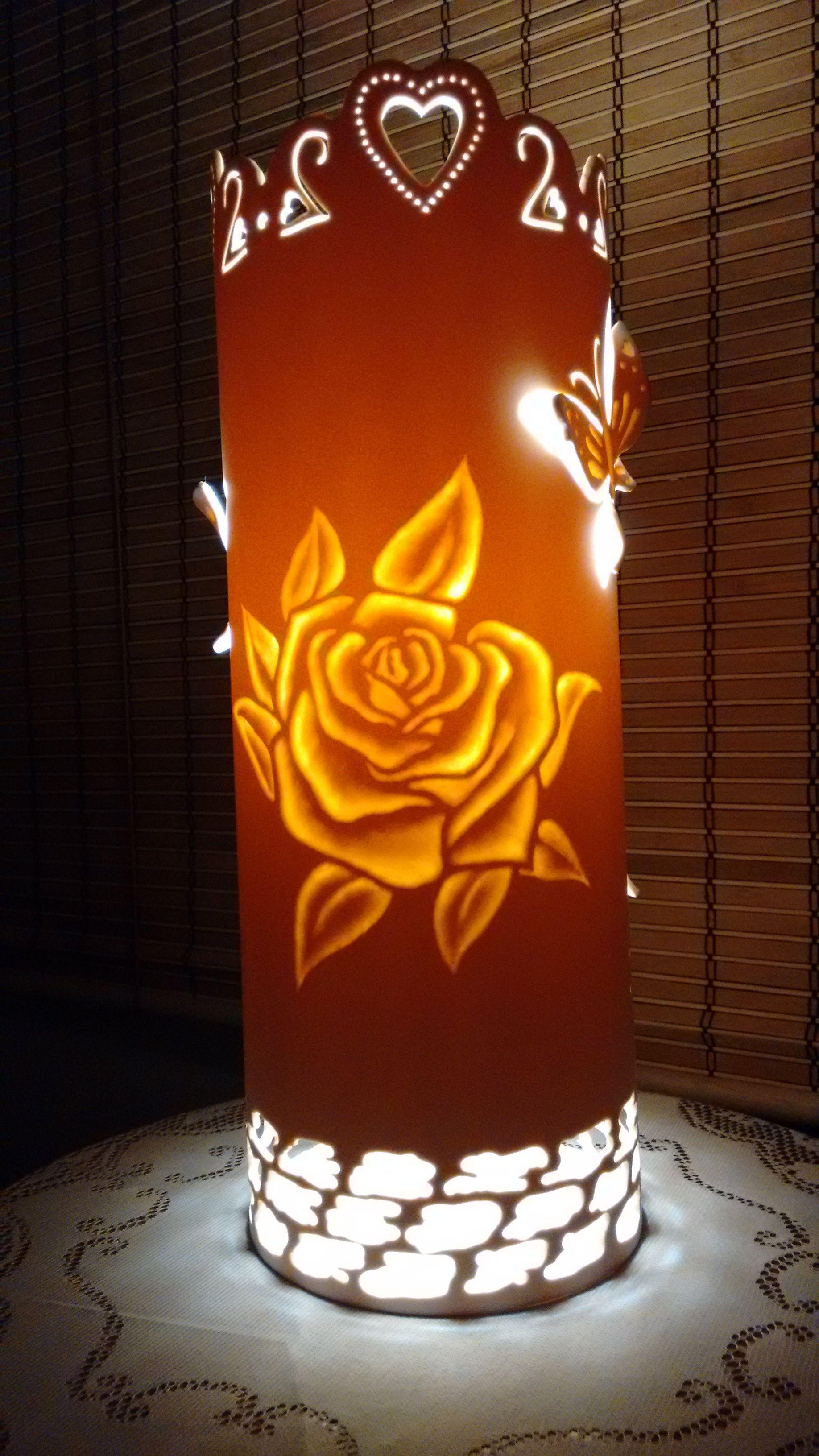 Luminaria em cano de pvc 150 mm - Rosa com Borboletas