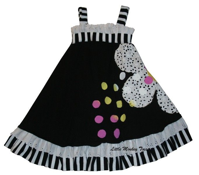 Twirls and twigs dress from Little Monkey Toes. I would do something different in the middle.