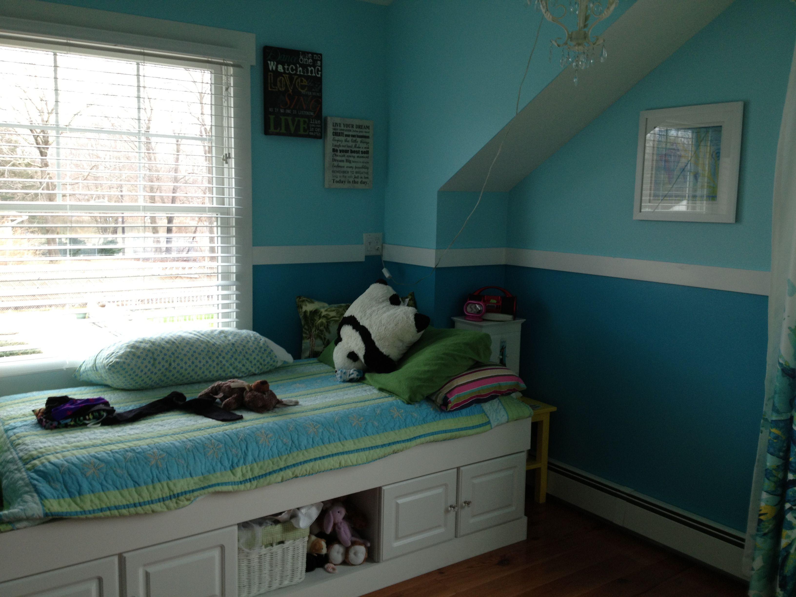 Grown up girls room Benjamin Moore Bahaman sea blue and Blue