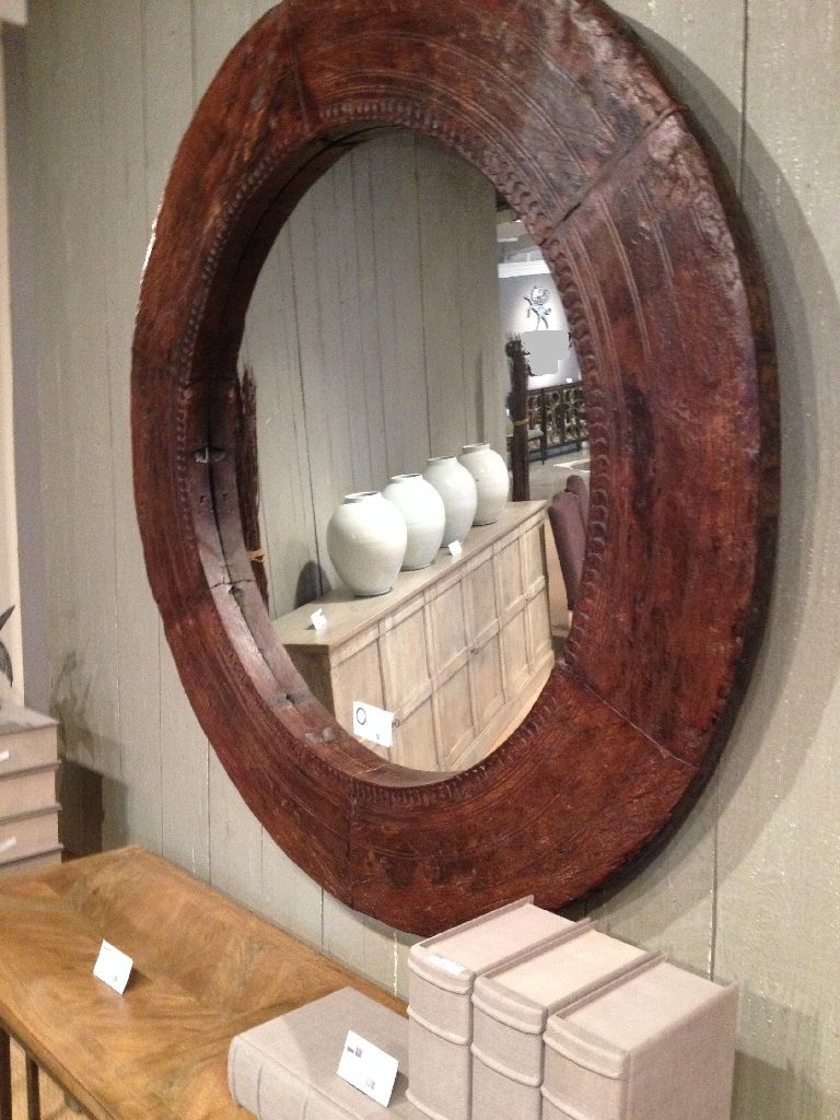 Mirror Rustic Wood With A Round In The Room Looks Lot More Stuff Is Best House Decoration For You Use