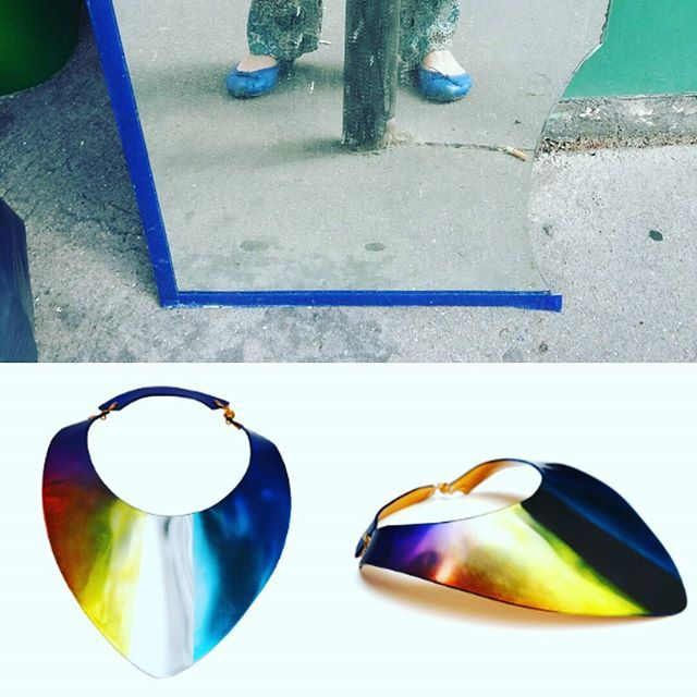 1 broken PMMA plastic mirror: a lot of amazing jewelry! Follow our new project of upcycling art jewelry MALEVITCH