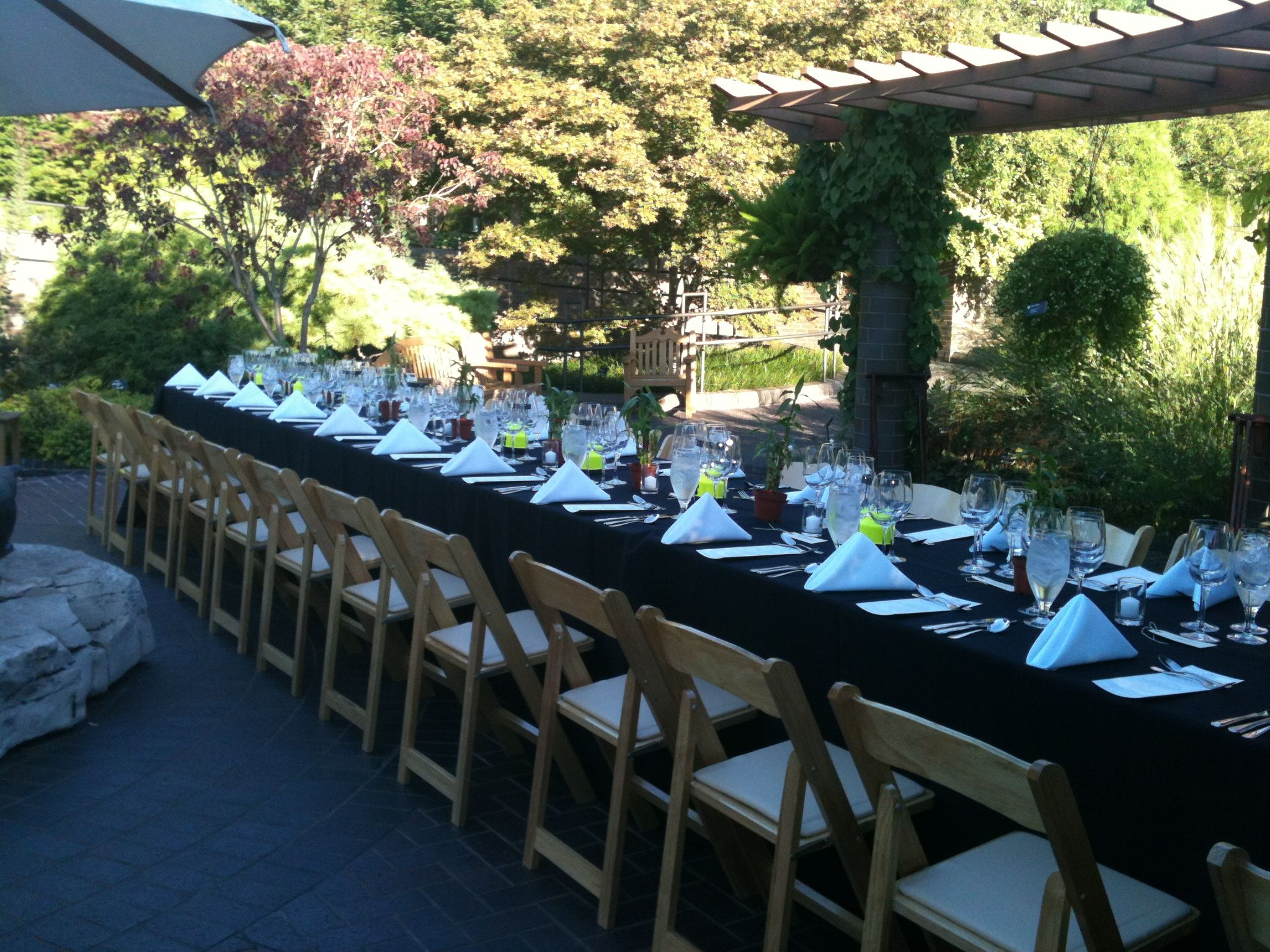 August Wine Dinner Outside Of The Kemper Center At The Missouri Botanical  Garden. Wine Dinners