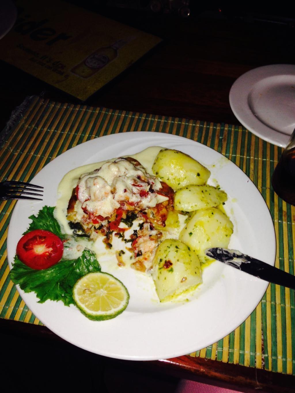 Captain Hook's, Sekondi-Takoradi - Restaurant Reviews & Photos - TripAdvisor