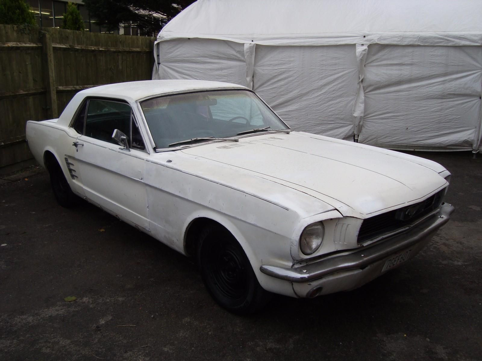 Check out this fast Ford Ford Mustang 200 6 Coupe Auto 1965 factory