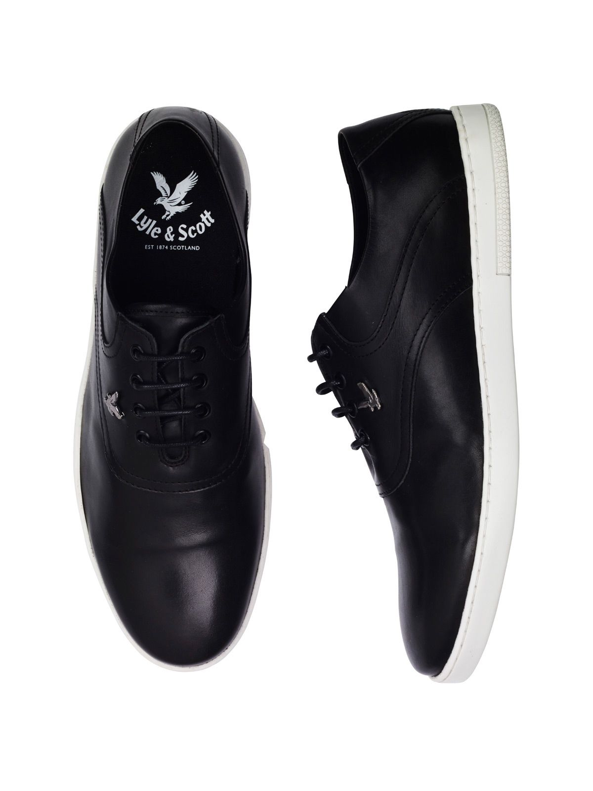 Fashion Men Uomini Shoes Lyle and Scott Connell Leather Plimsolls