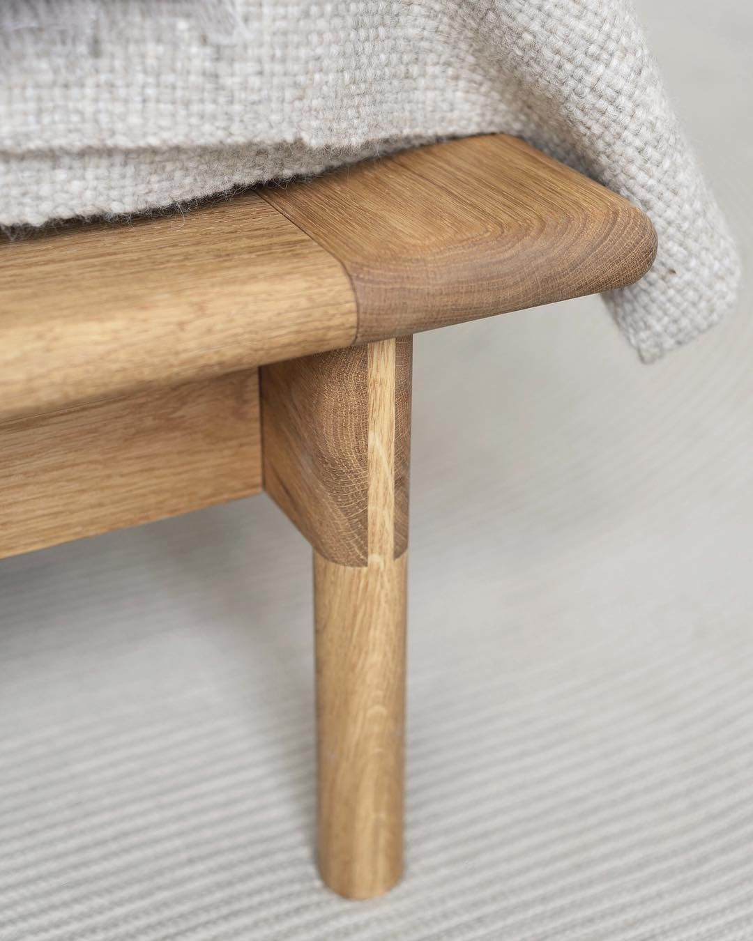 Mae Bed Detail Bridlejoint The Key Design Element For The