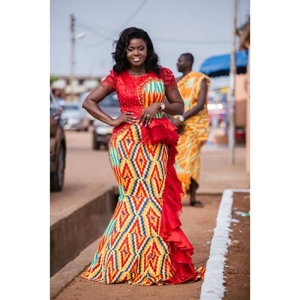 Ameyo fashion house | Tenue mariage coutumier, Tenue mariage traditionnel africain, Mode ...