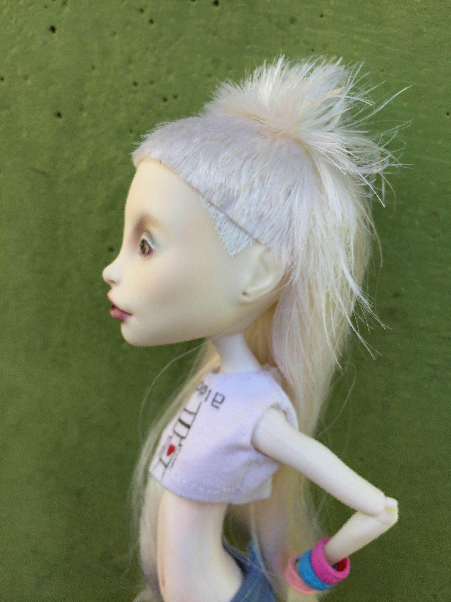 Yolandi Visser Doll | Yolandi visser and Die antwoord  Yolandi Visser ...