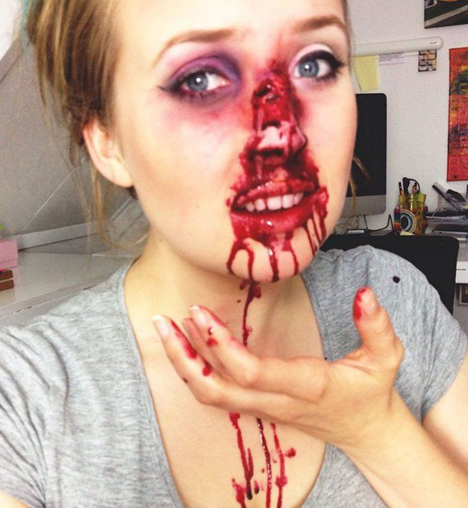 Maquillage d 39 halloween le nez arrach maquillage halloween pinterest halloween - Deguisement horreur femme ...