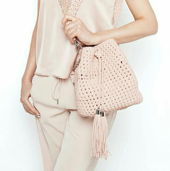 Crochet bucket purse   Pink rose bucket bag   Crochet crossbody bag ...