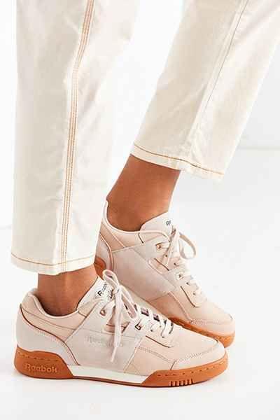 Reebok Workout Lo Plus Golden Sneaker - Urban Outfitters